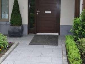 03 Sanded paving - House in Kileen castle
