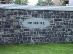 19 Rosehill Entrance