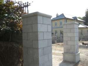 27 Limestone Piers