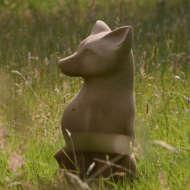 Fox-sculpture-in-sandstone